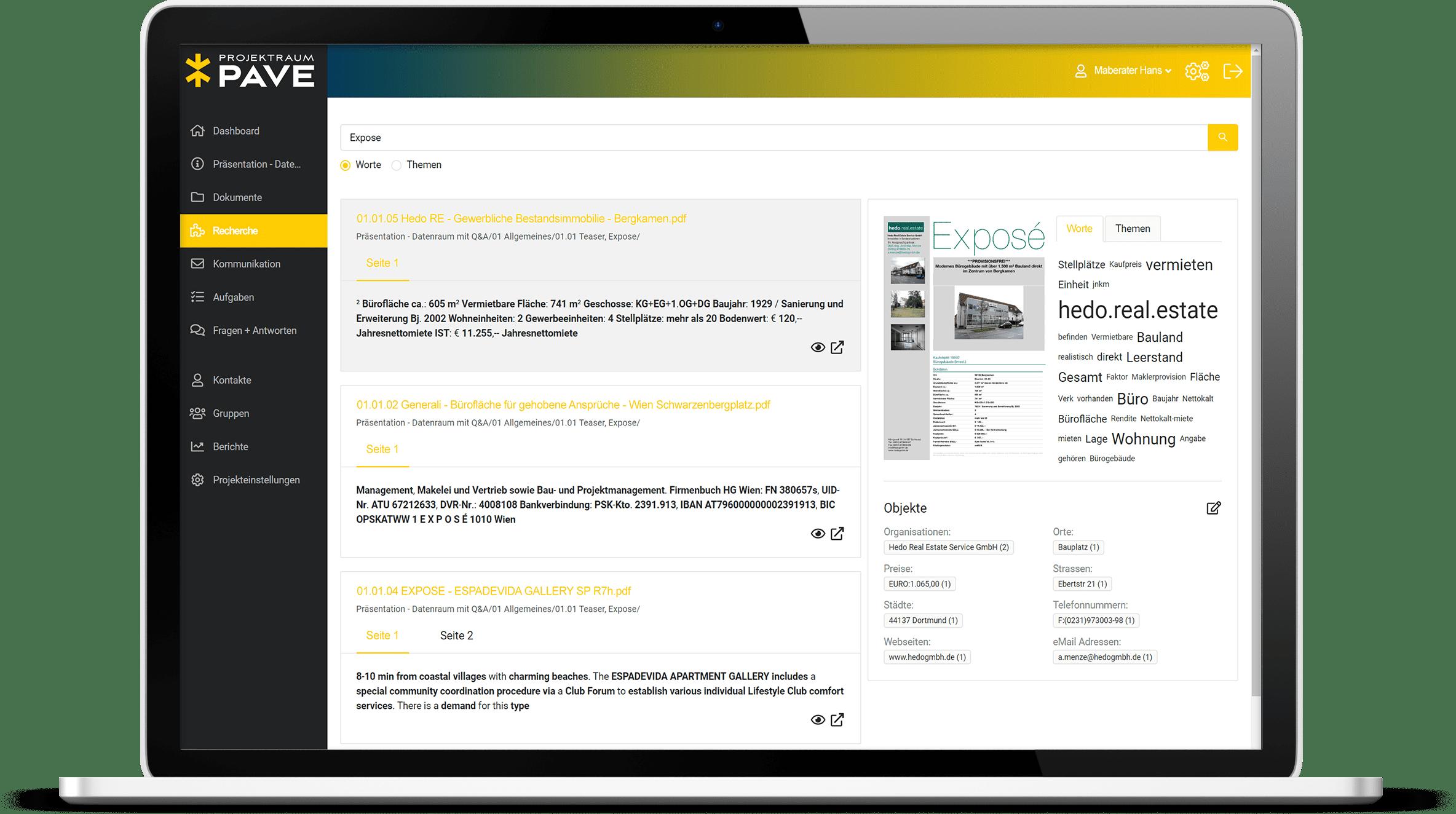 Macbook Display vom Recherche Reiter im Projektraum PAVE